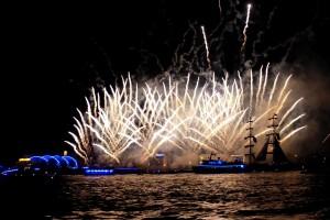 Das fulminante Feuerwerk im Hamburger Hafen